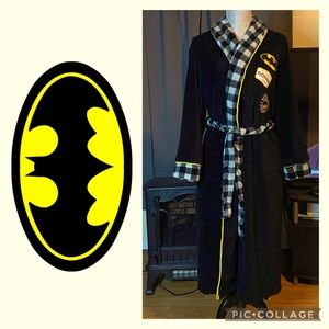 *RARE* Batman Robe With Patches 🤩😎